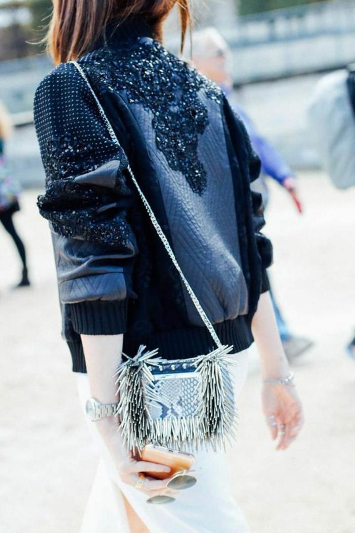 veste noire femme aux broderies de petites perles noires