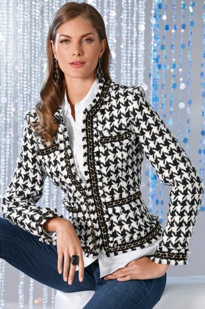 veste femme printemps Chanel en pépites noires et blanches