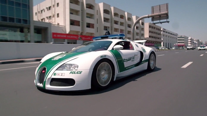 voiture-de-police-dubai-6-5-million-dollar-bugatti-veyron