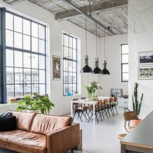 Cr ez un beau style de votre salle de s jour avec un for Canape grande longueur