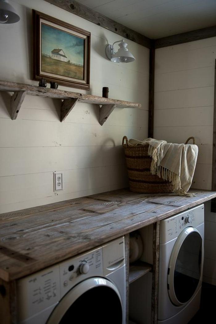 aménager sa buanderie, buanderie style rustique, étagère en bois brut