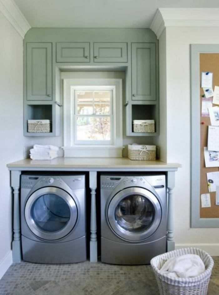amenagement lingerie, meuble pour machines à laver et placards couleur vert menthe