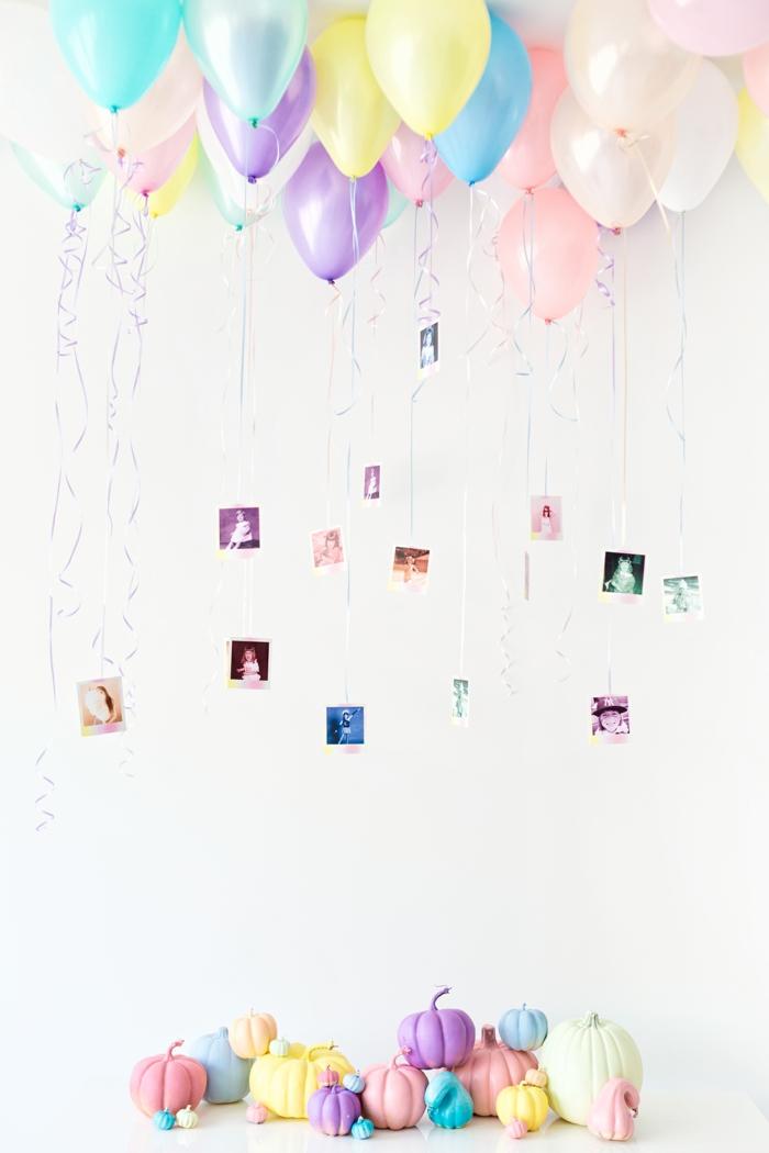 comment décorer une baby shower fille, des ballons aux couleurs pastels