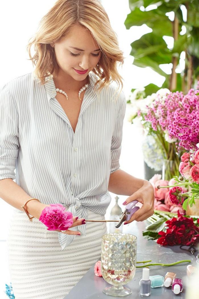 Tenue printemps femme tenue de printemps chemise et jupe