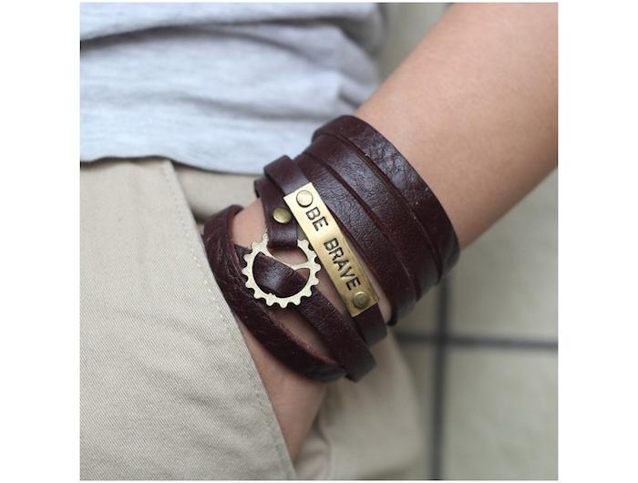 6993fb49bb3e ▷ 1001+ idées   Le Bracelet cuir Homme – accessoire en vogue