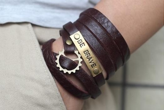 bracelet homme cuir luxe personnalisé gravé
