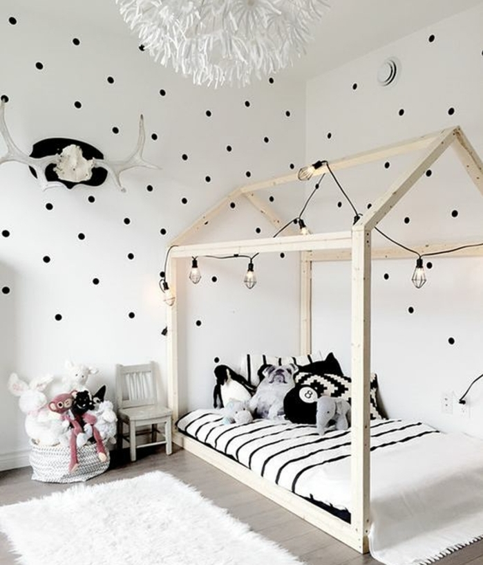 1001 id es pour am nager une chambre montessori. Black Bedroom Furniture Sets. Home Design Ideas