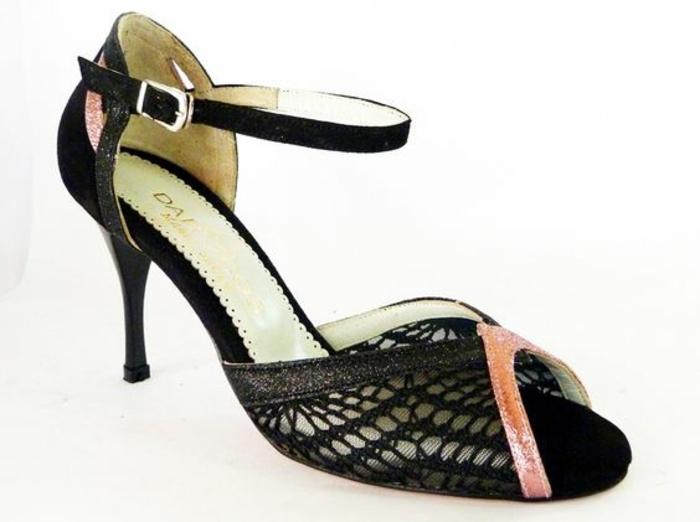 chaussures danse femme rose et noir Darcoshoes aux talons slim