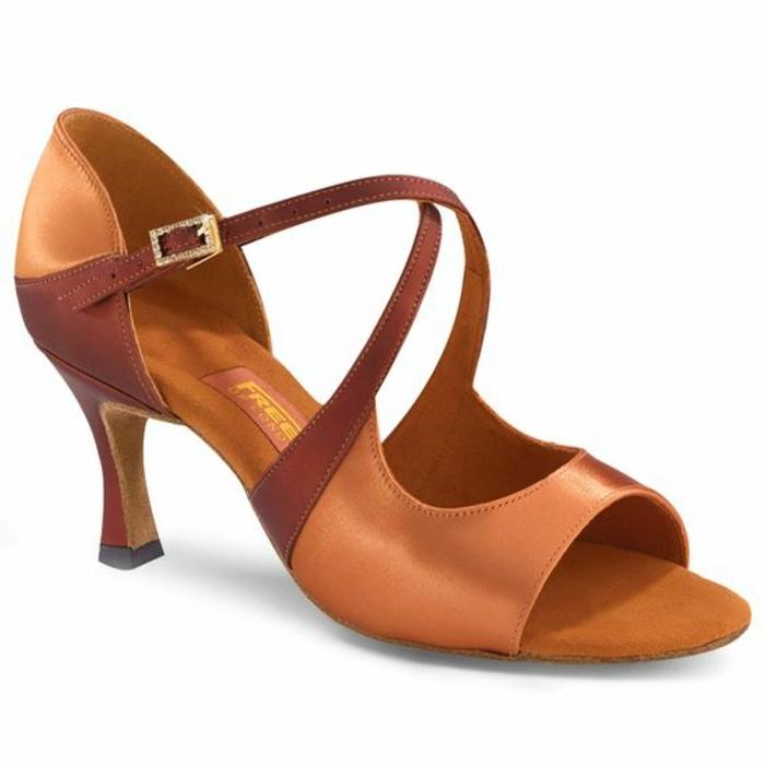 chaussures danses orangées Danceshopper ouvertes devant modèle rétro