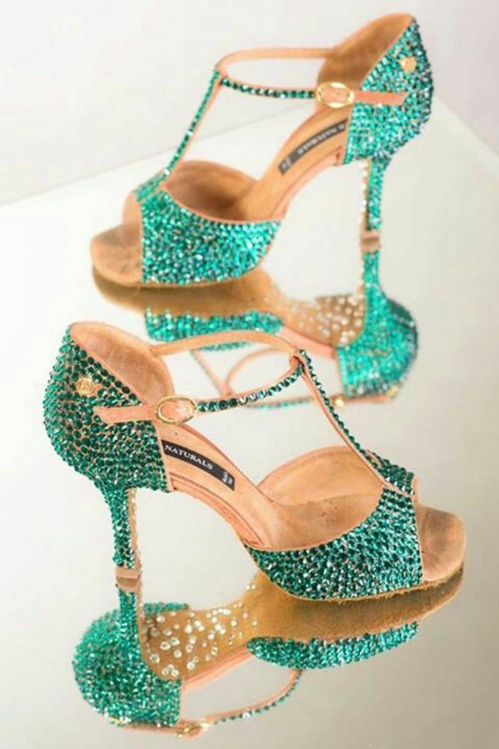 chaussures danse en pierres Swarowski vert émeraude brillantes