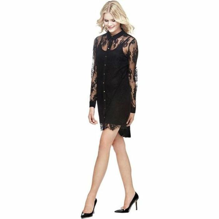 chemisier dentelle noire robe au col et aux manches transparents longueur tunique