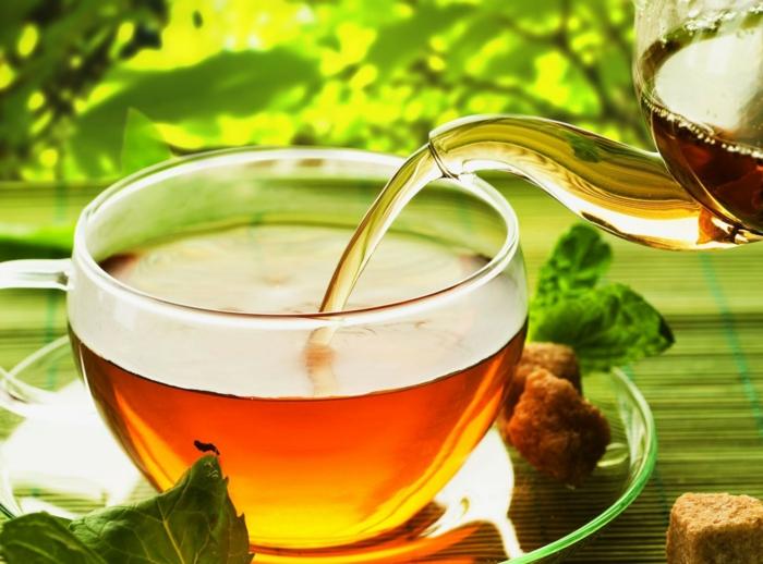 les bienfaits du thé vert, matcha, coupe faim puissant, boisson tonifinat, caféine, comment augmenter son métabolisme, astuce bien être