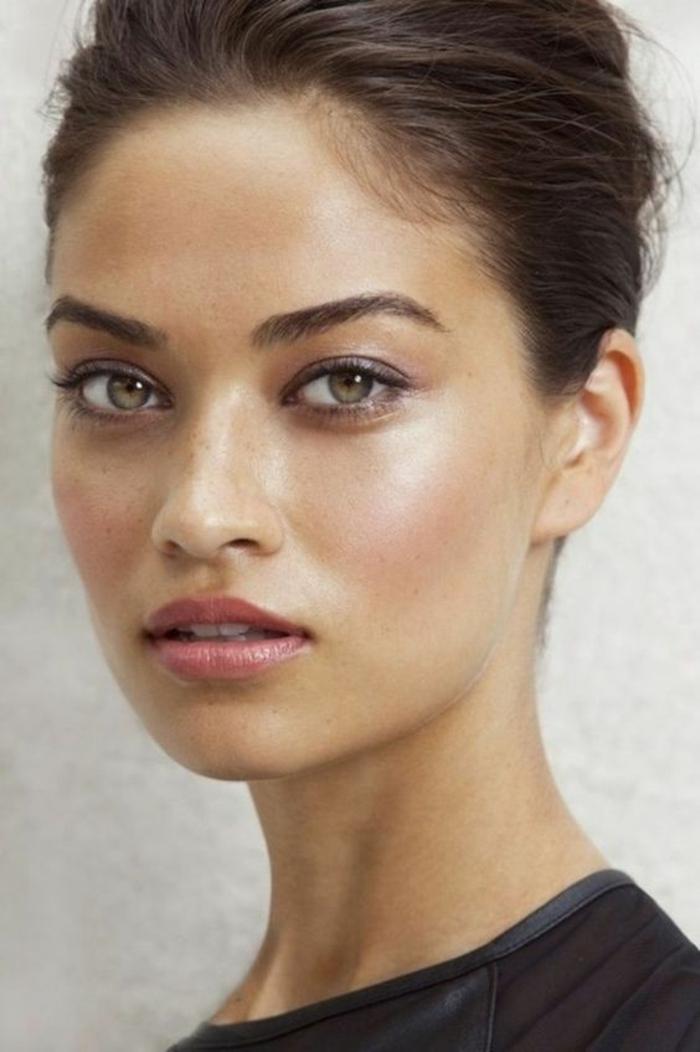 maquillage léger sur peau mate, maquillage bonne mine