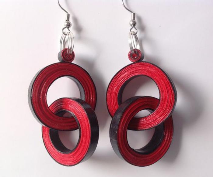 boucle d'oreillle diy, boucles d'oreilles diy en papier rouge
