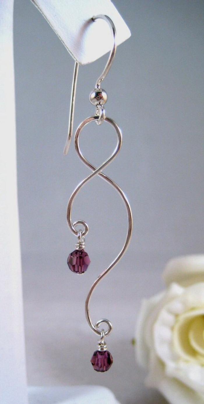 boucles d'oreilles diy, pendentifs avec petites perles mauves