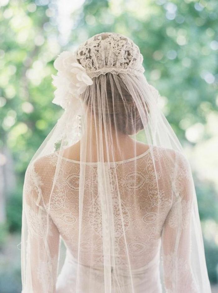 accessoire mariage original pour un look bohème, voile nuptial juliette