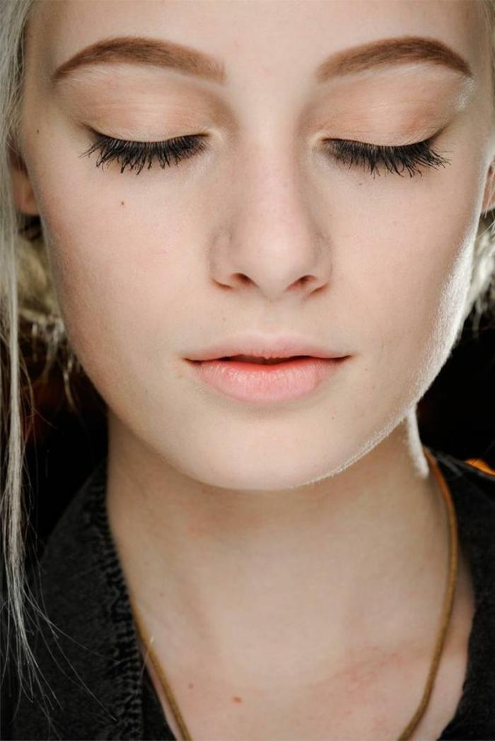 un maquillage discret pour un effet naturel, idée pour un maquillage de tous les jours