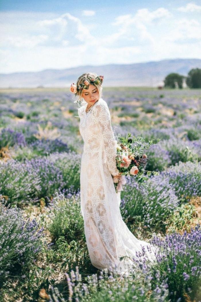 jolie robe de mariée à manche dentelle d'une touche vintage