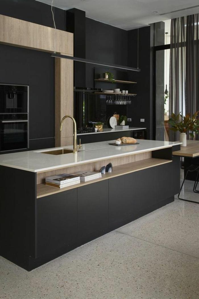 cuisine minimaliste, îlot de cuisine avec évier, peinture murale noire