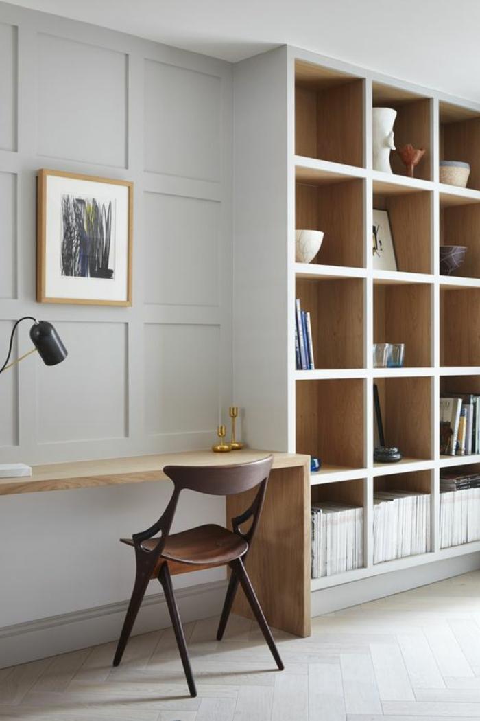déco minimaliste, étagère en cubes, bureau suspendu, décoration en gris pâle