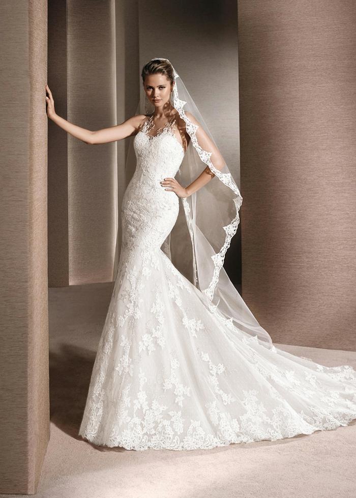 robe de mariée grecque, forme sirène, voile de mariée longue, robe en dentelle