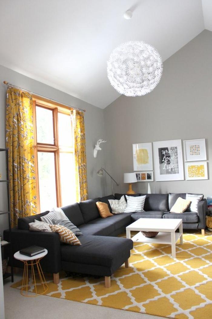 deco jaune gris, tapis jaune graphique, canaoé gris, table basse blanche