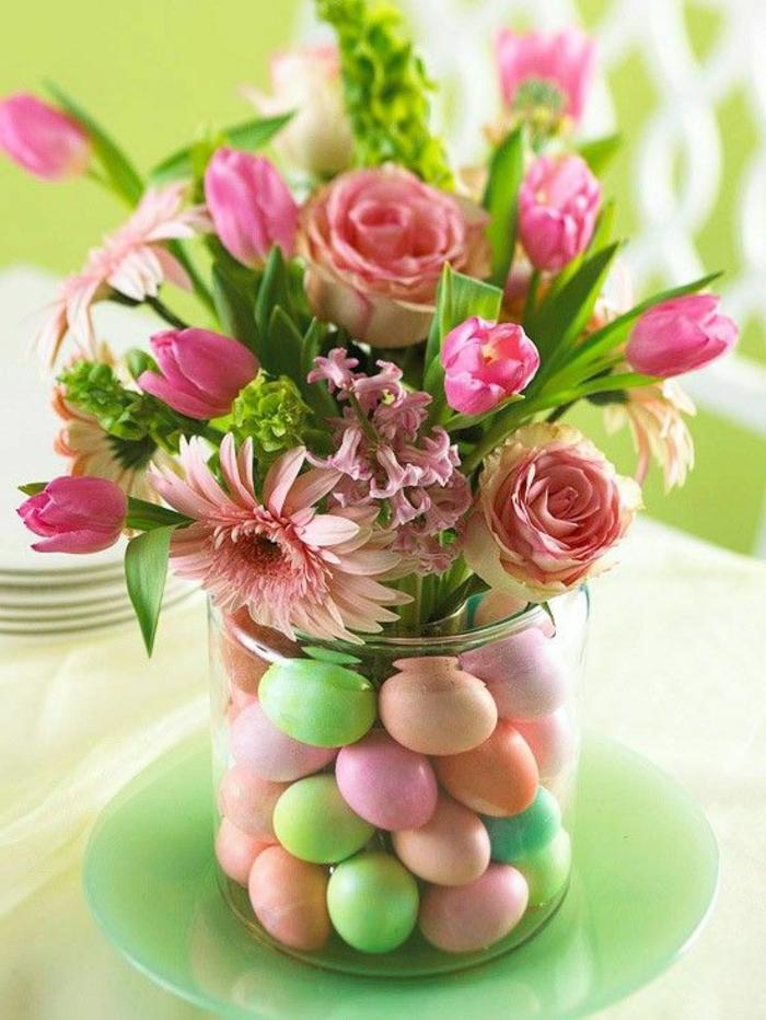 Origine oeufs de paques magnifique décoration rose et vert