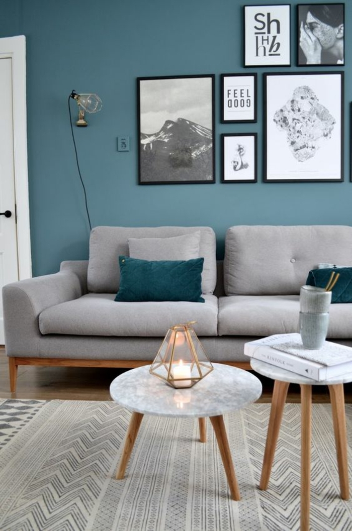 deco salon bleu canard, soga gris, petites tables scandinaves