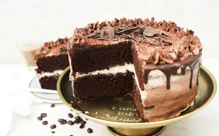 faire un gâteau d'anniversaire sans oeufs, préparer un gâteau sans oeufs au chocolat facile et rapide, exemple gateau chocolat sans oeuf