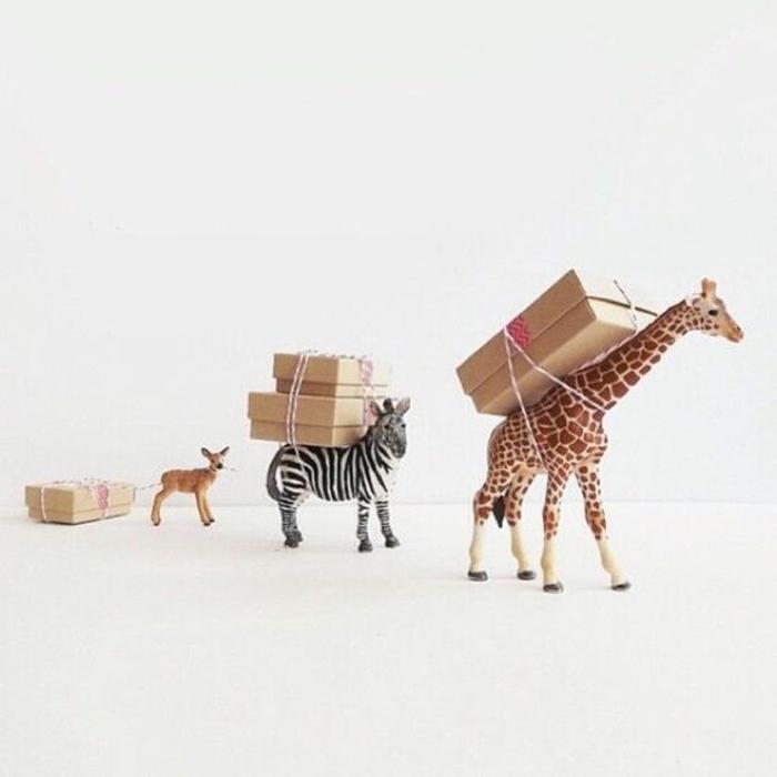 Thematique cadeau invité anniversaire enfants - animaux avec boites de cookies