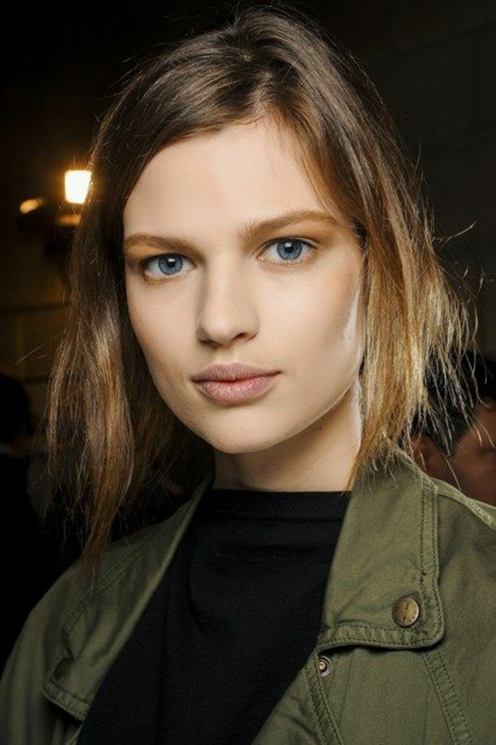maquillage naturel tendance no make up, joli teint unifié et frais