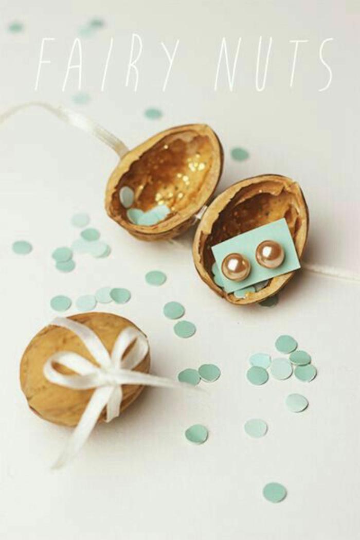 DIY petit cadeau anniversaire remercier vos invités idée avec petits bijeaux