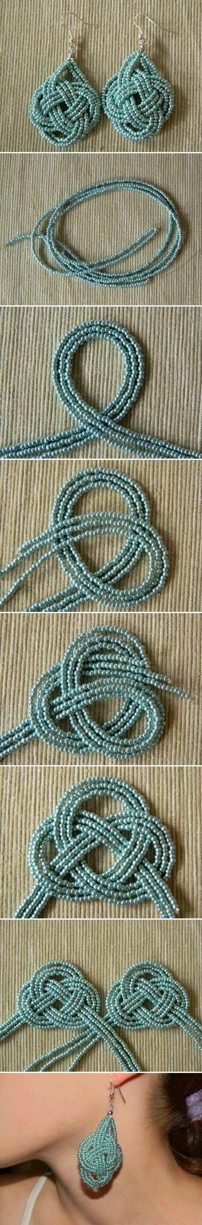 fabriquer des boucles d'oreilles noeuds perlés avec des perles bleues et du fil de pêche