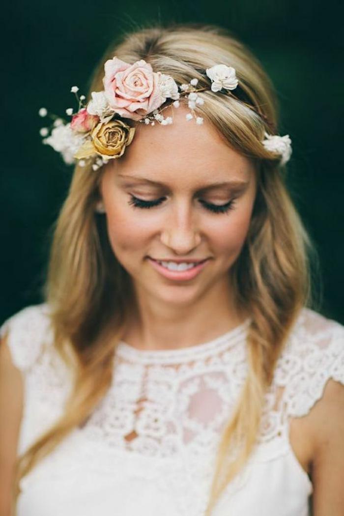 La coiffure mariee boheme coiffure bohème mariage coiffure avec couronne de fleurs