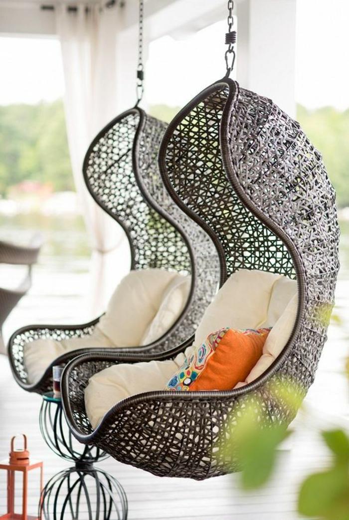 fauteuil balancelle cocon, chaises oeufs suspendues