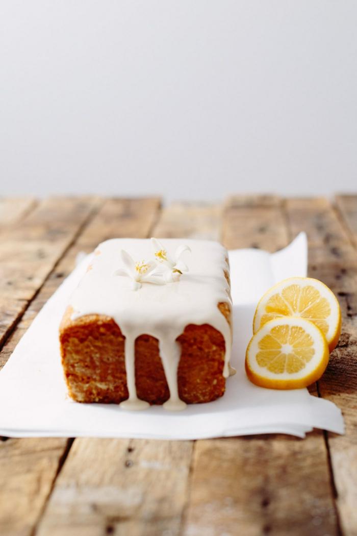 gâteau sans oeufs vegan avec jus de citron