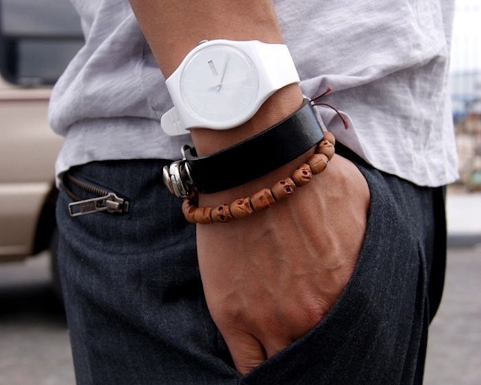 bijoux pour homme bracelets bois cuir montre blanche