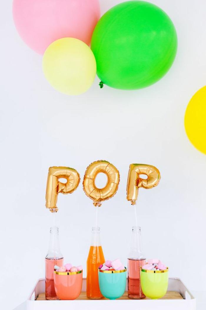 faire un buffet pour une baby shower fille et garçon, créer une ambiance festive avec des ballons originaux