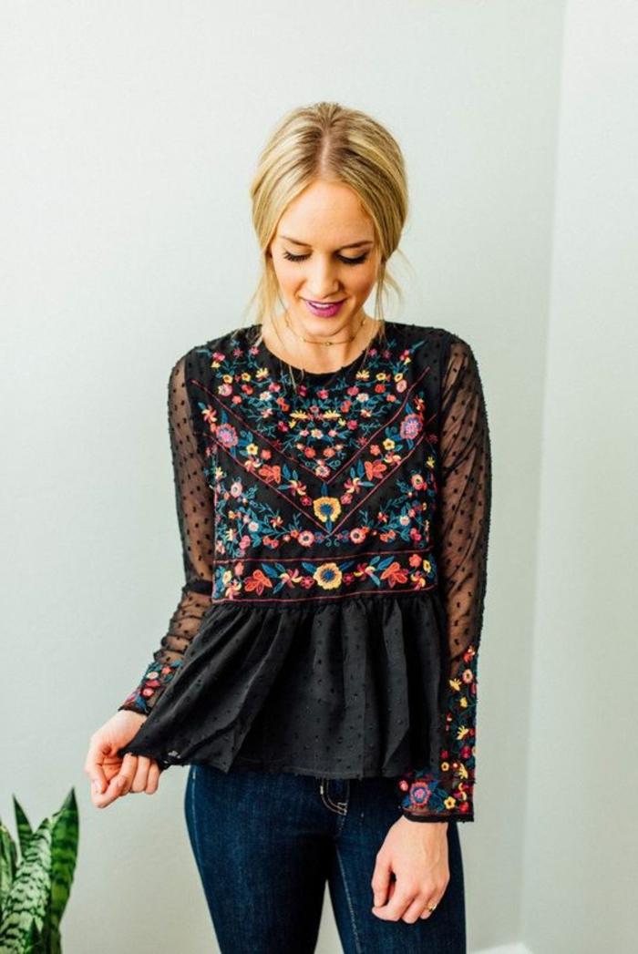 Magnifique idée comment s'habiller, jolie blouse fleurie noir