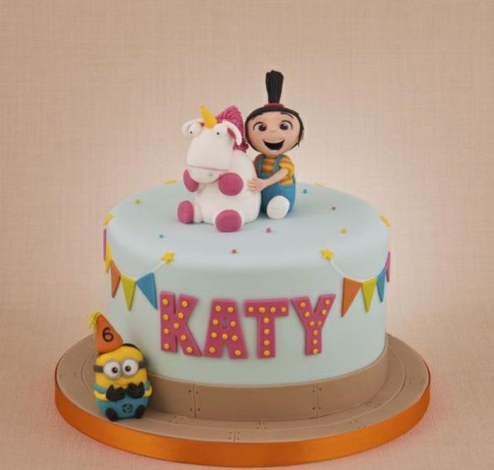 gateau d anniversaire facile décoration gâteau minions