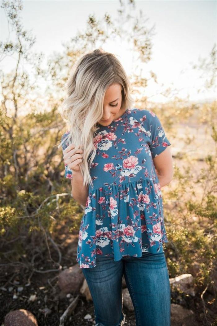 Idée comment bien s habiller femme jolie blouse fleurie