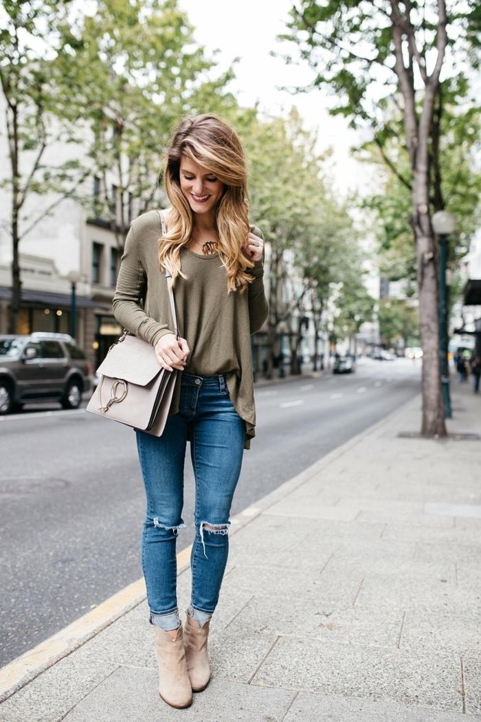 S habiller femme idée pour s habiller jean et blouse simple mais très jolie