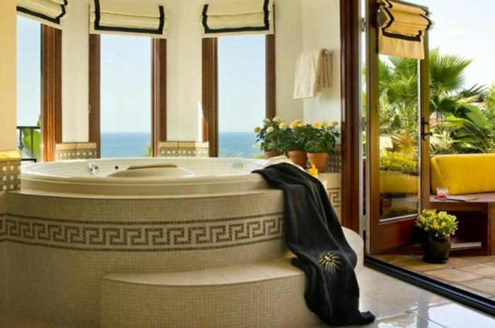 La salle de bain blanche salle de bain de luxe pièce idée