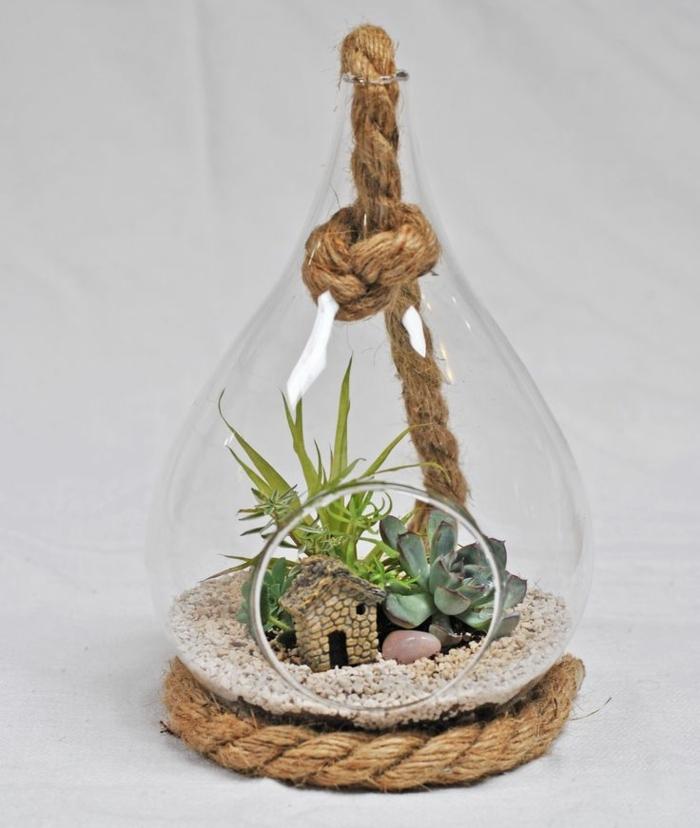 terrarium suspendu, figurine maison en pierre, cailloux décoratifs, terrarium végétal