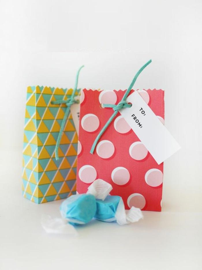 Thematique cadeau invité anniversaire enfants bonbons dans mignons sacs