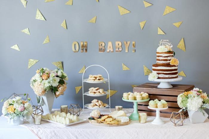 déco élégante pour une baby shower fille ou garçon, buffet gourmand avec des sucreries