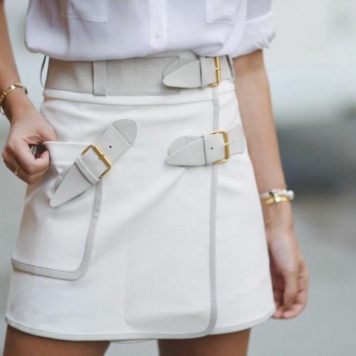jupe trapèze blanche 3 ceintures décoratives