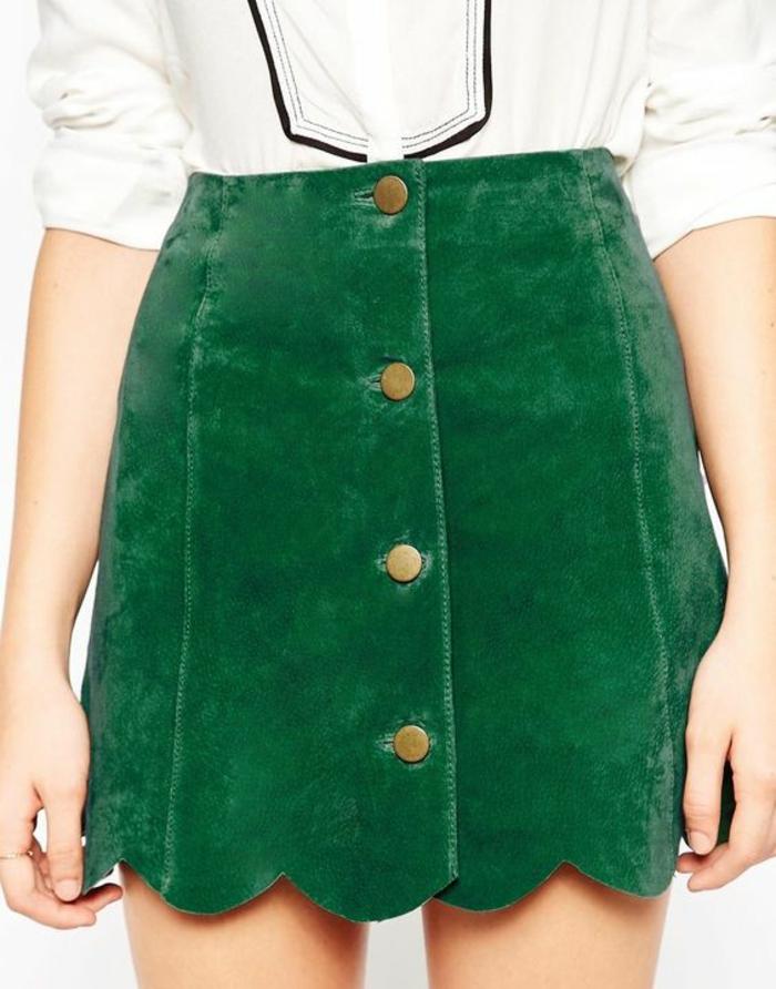 jupe forme trapèze en vert couleur herbe