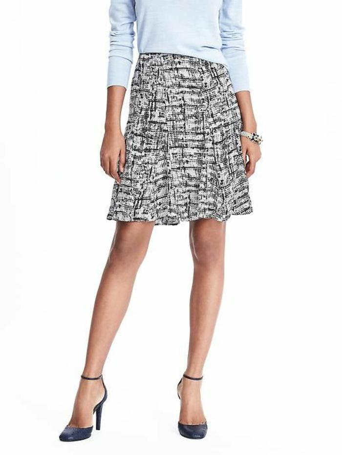 jupe trapez en noir et blanc fluide féminine