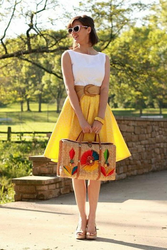 jupe trapèze jaune allure haute en couleurs